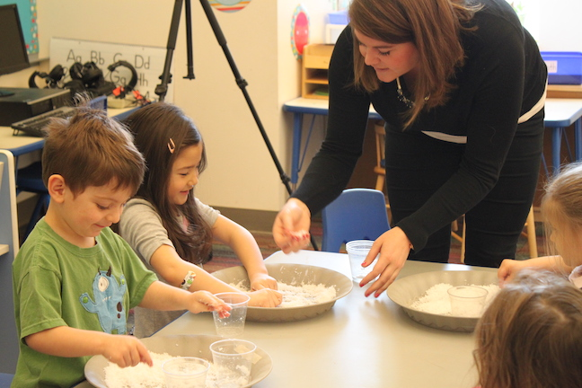 Students participate in Pint Size Science
