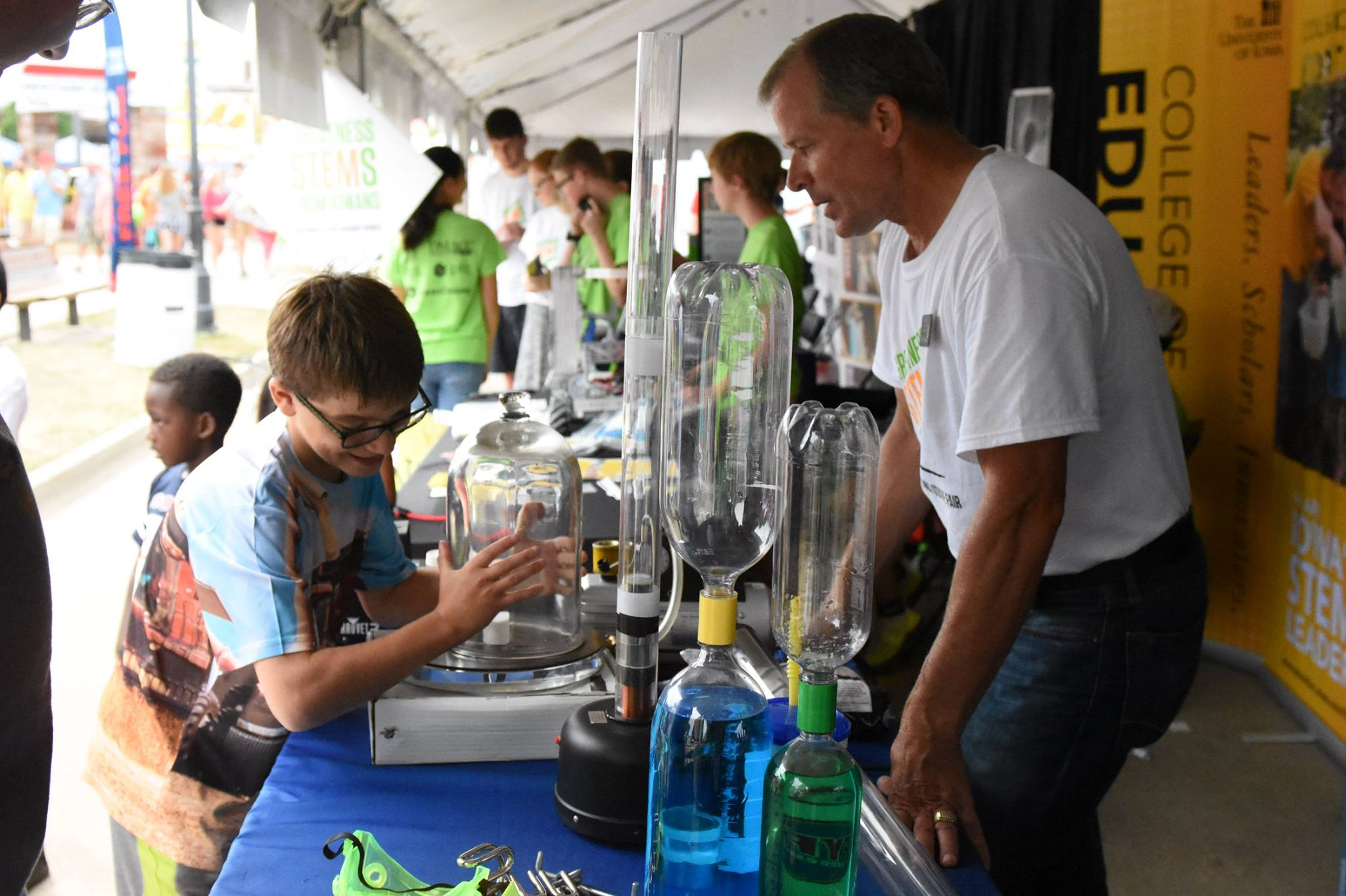 Students participate in STEM activities at the Iowa State Fair