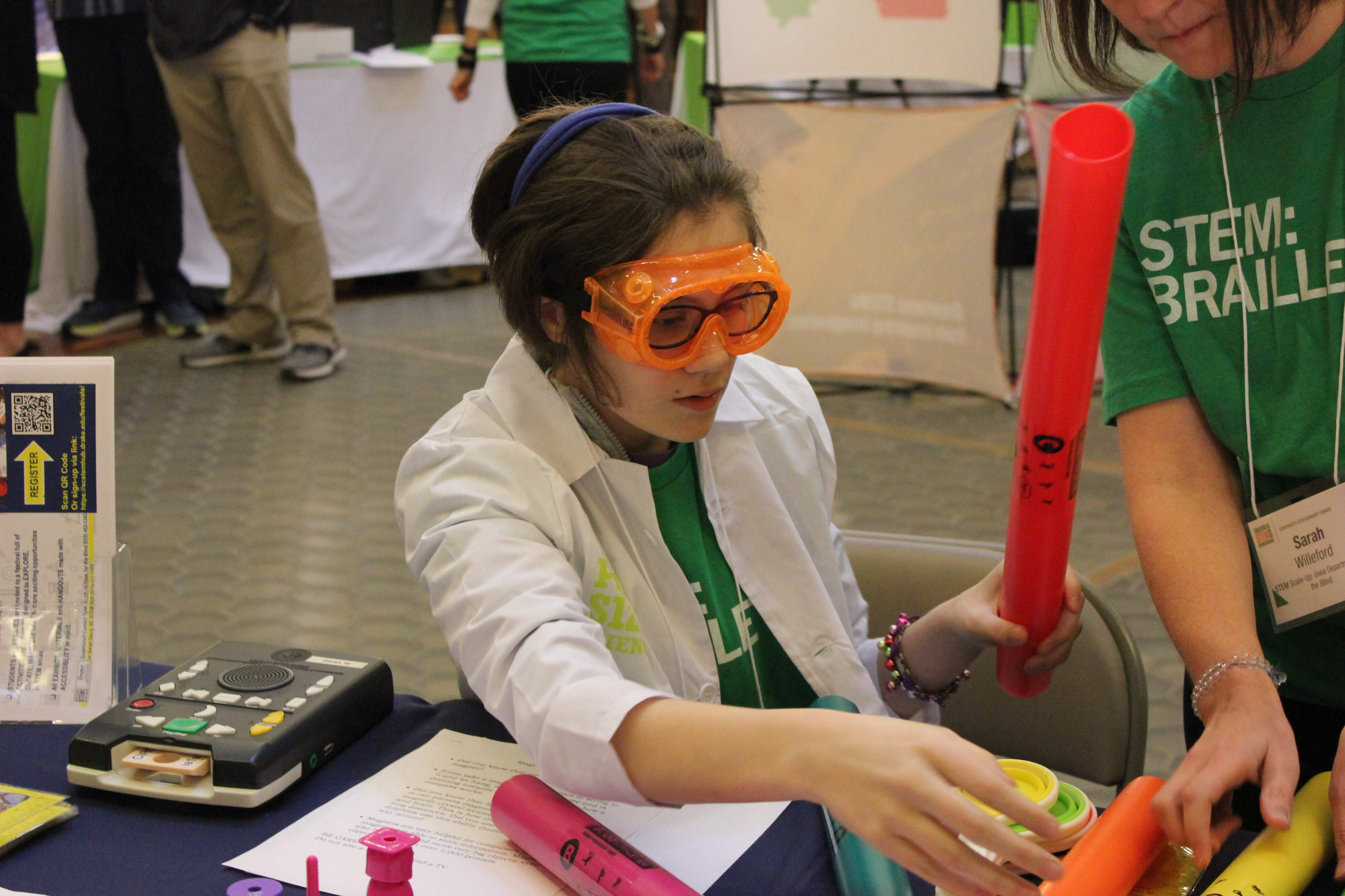 Iowa Library for the Blind was a recipient of the STEM Scale-Up Program Pint Size Science