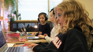 Lincoln Elementary School coding girls